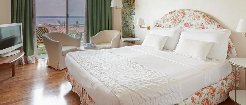 Hotel Olivi Superior room.jpg